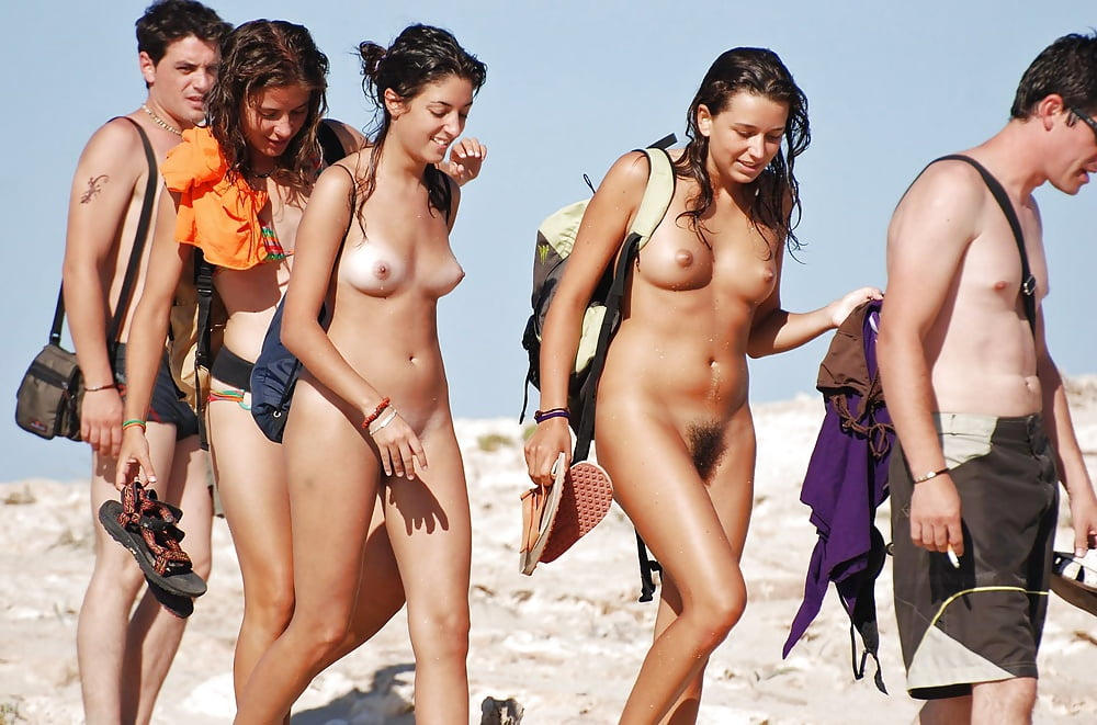 The Most Brave Teens Only One Naked At Beach - 40 Pics -4778