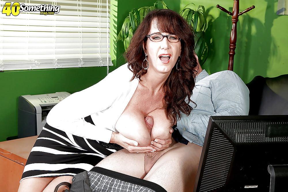 Cassie cougar porn pics