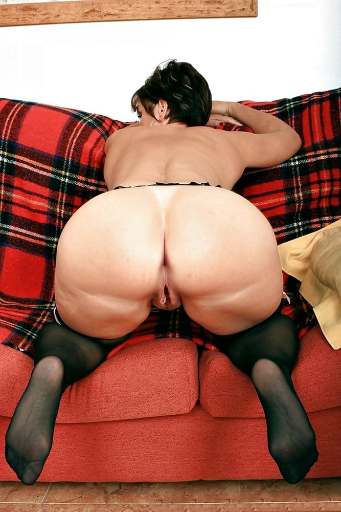 Big ass hairy porn pics
