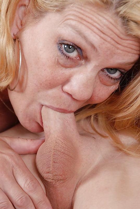 Mom sex images