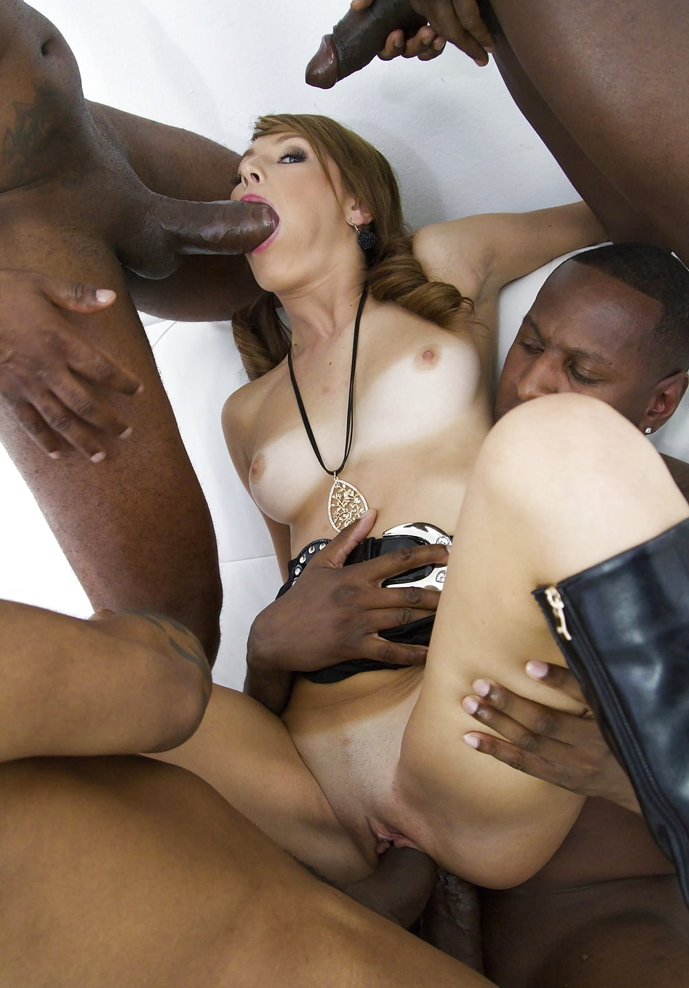 Watch Free Interracial Milf Porn Pics And Xxx Sex Clips Online