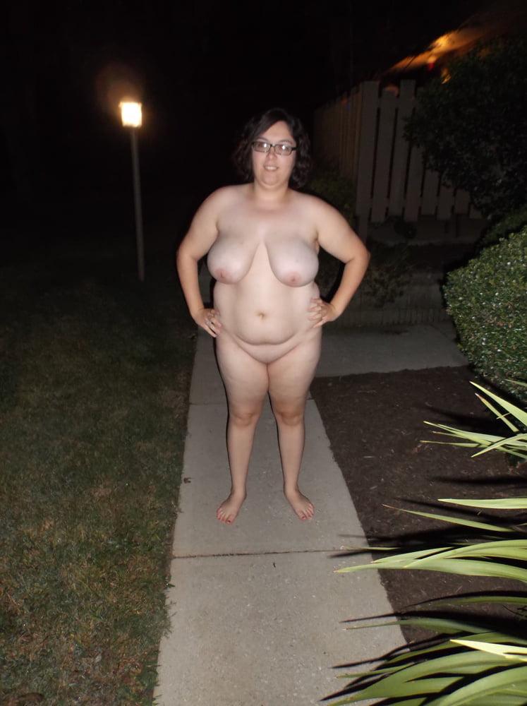 Chubby amateur flashing and bbw public masturbation of fat exhibitionist emma ou