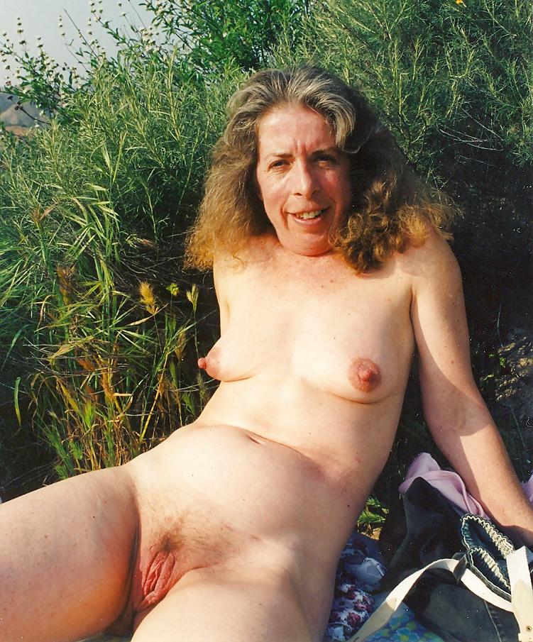 Porn Pics Reposts because I'm back.