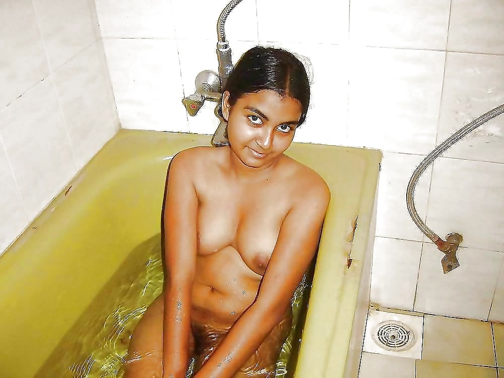 college-girls-bathing-nude-pussy-images-uncensored-nude-ideas