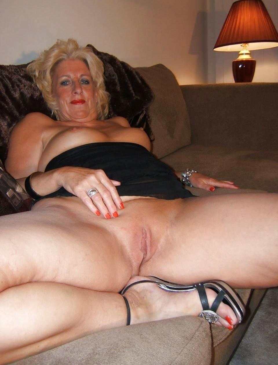 Смотреть фото секса на трассе с проституткой желательно