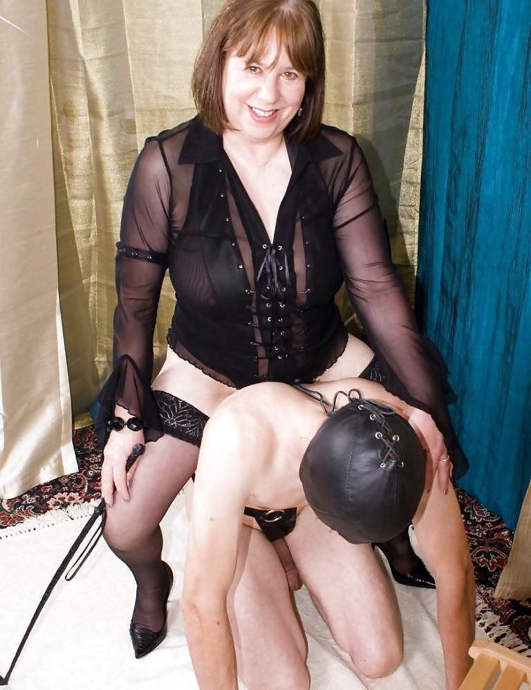 Femdom mature live cam mistress