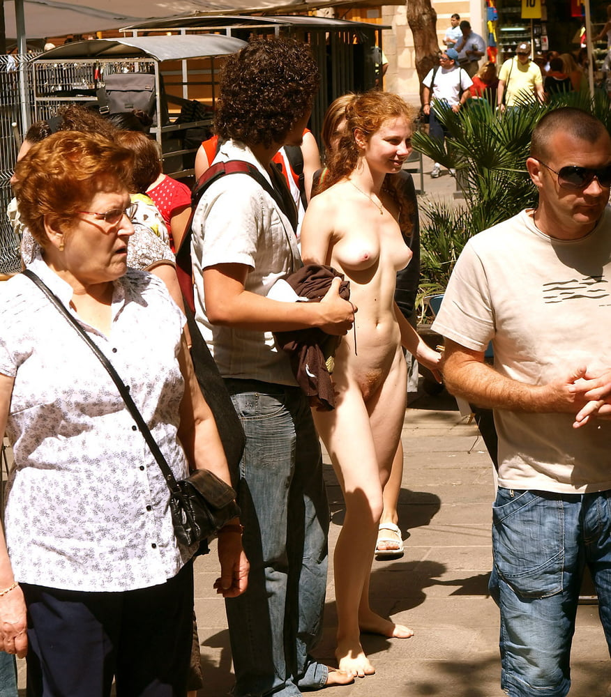 Redhead amateur - the most brave public nude girl