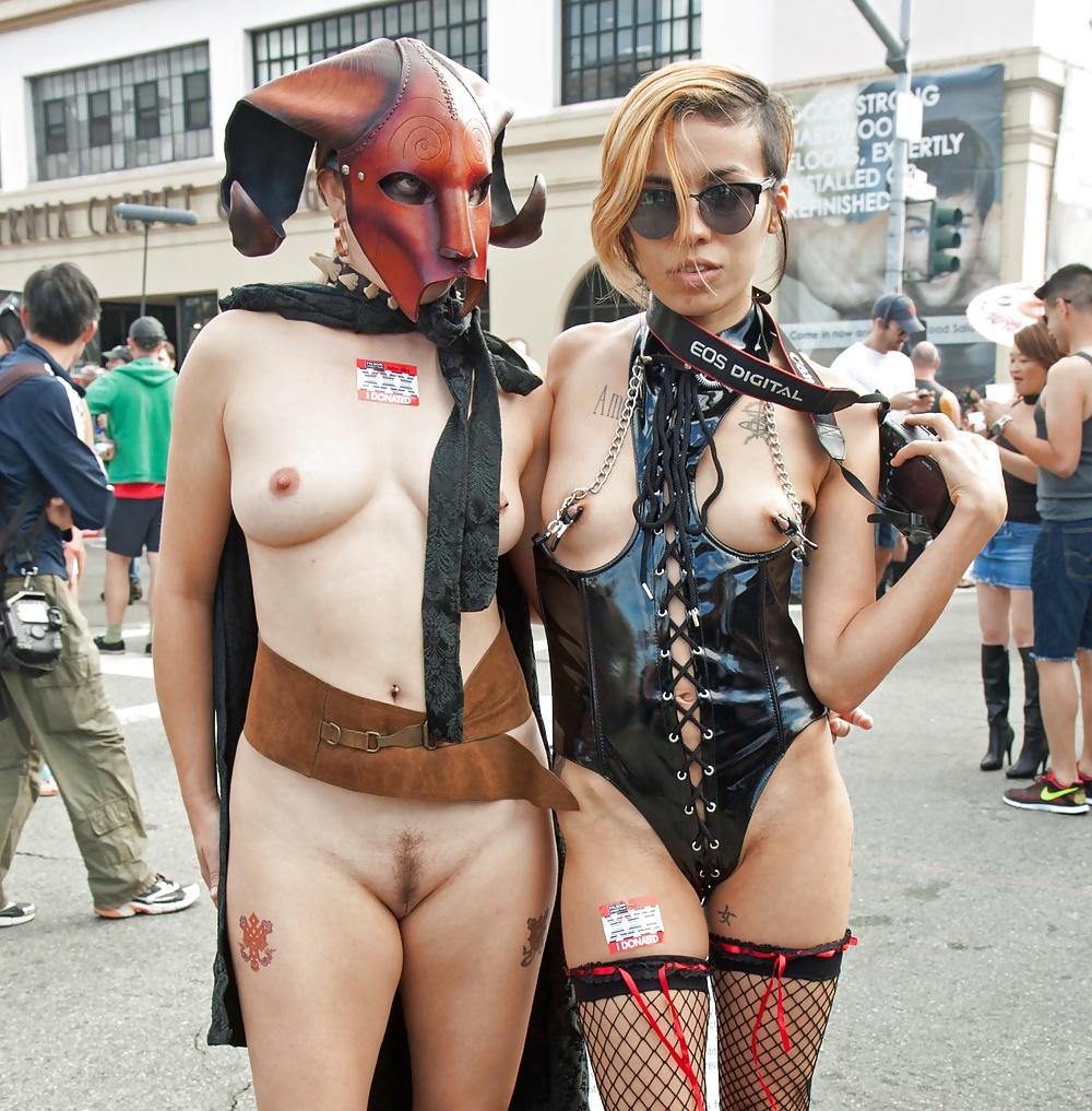 Comic con nude girls
