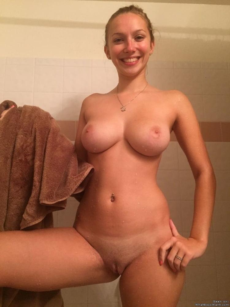 Blonde pantyhose sex Swingers sites michigan