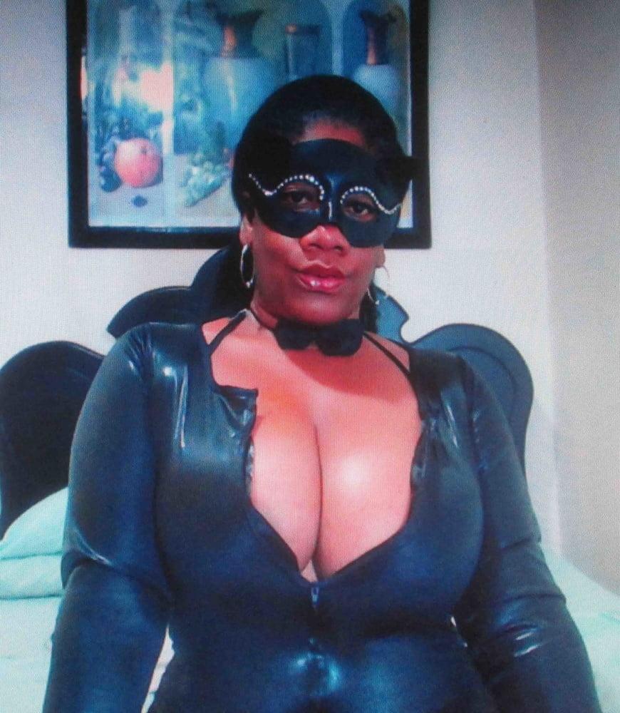 Mature ebony boobs-5230