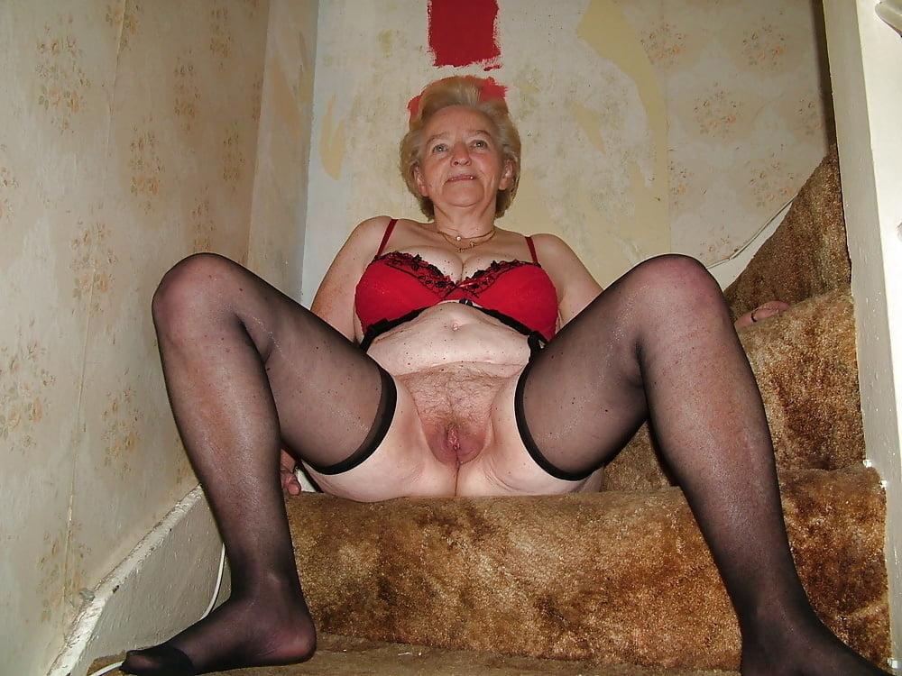 Старые женщины проститутки и их номера