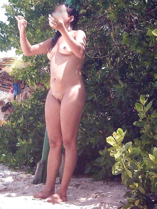 Model mature nude