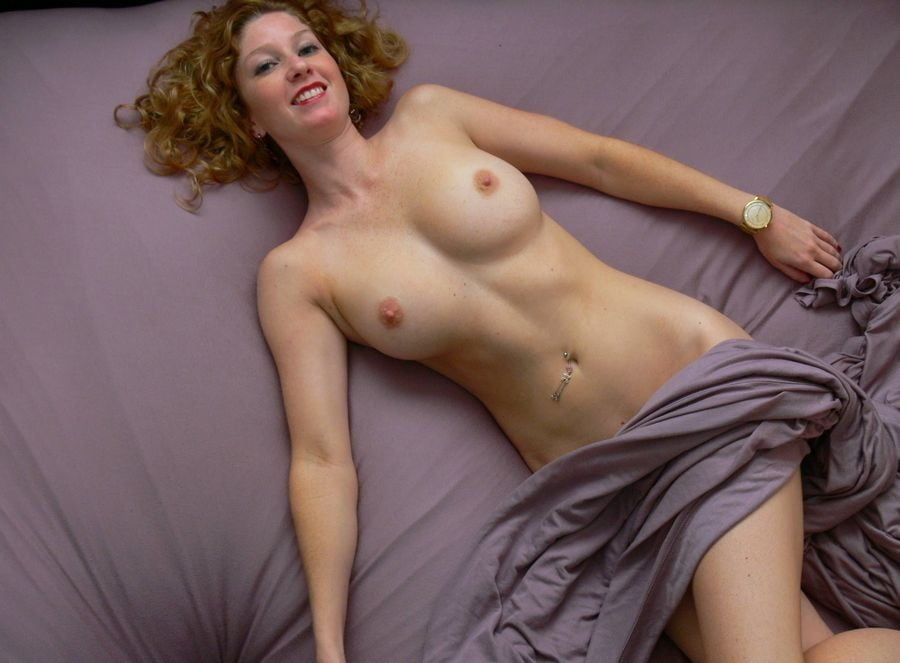 Beautiful and Busty MILFs 45 - 39 Pics