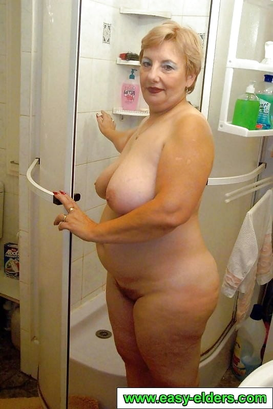 bbw-naked-bathroom-pics