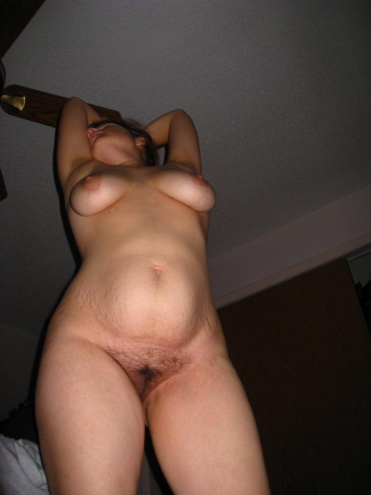 Pregnant amateur - 68 Pics
