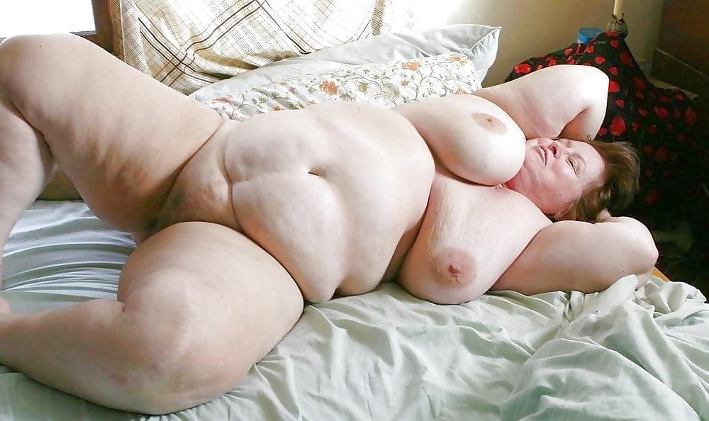 Mature Fat Pussy