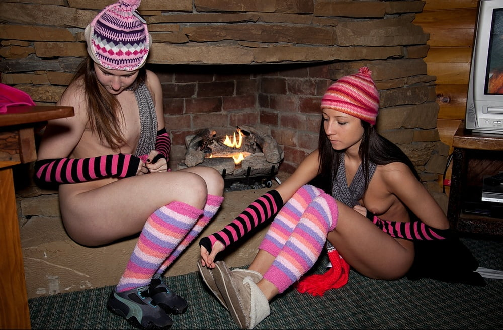 Nudists warming up by the fire - 47 Pics