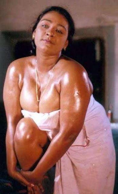 Shakeela Mallu Aunty - Big Tits