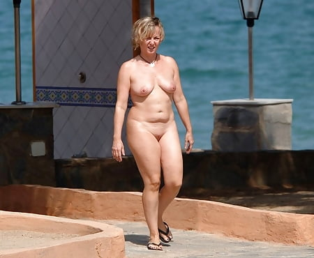 Tits Candid Friends Nude Jpg