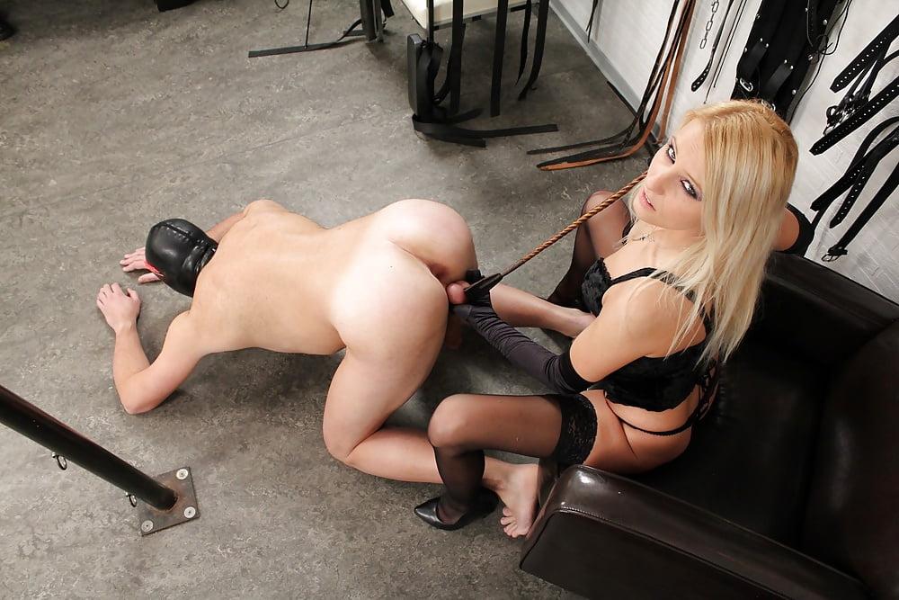 Female domination sex male slave videos — 6