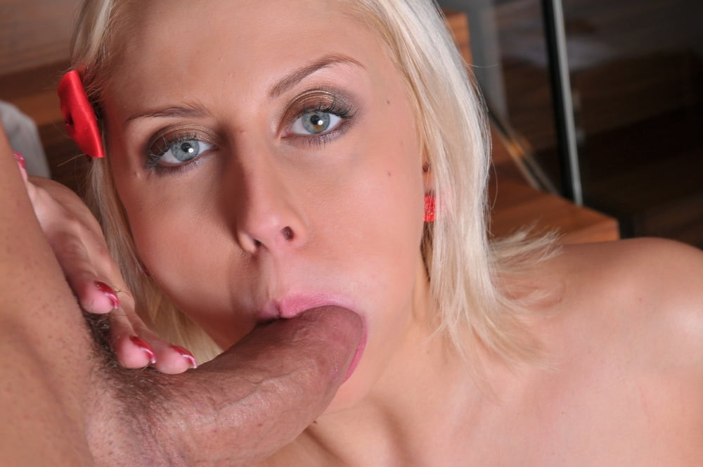 Mandy Dee - Ass Tonic Movies 1