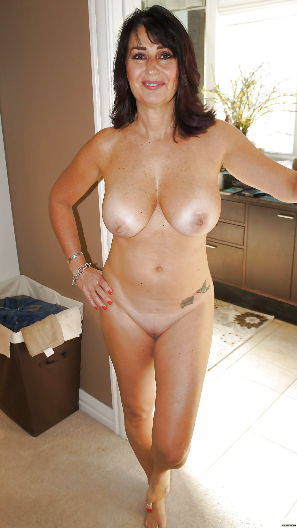 Awesome nude milf, what is a secret fetish