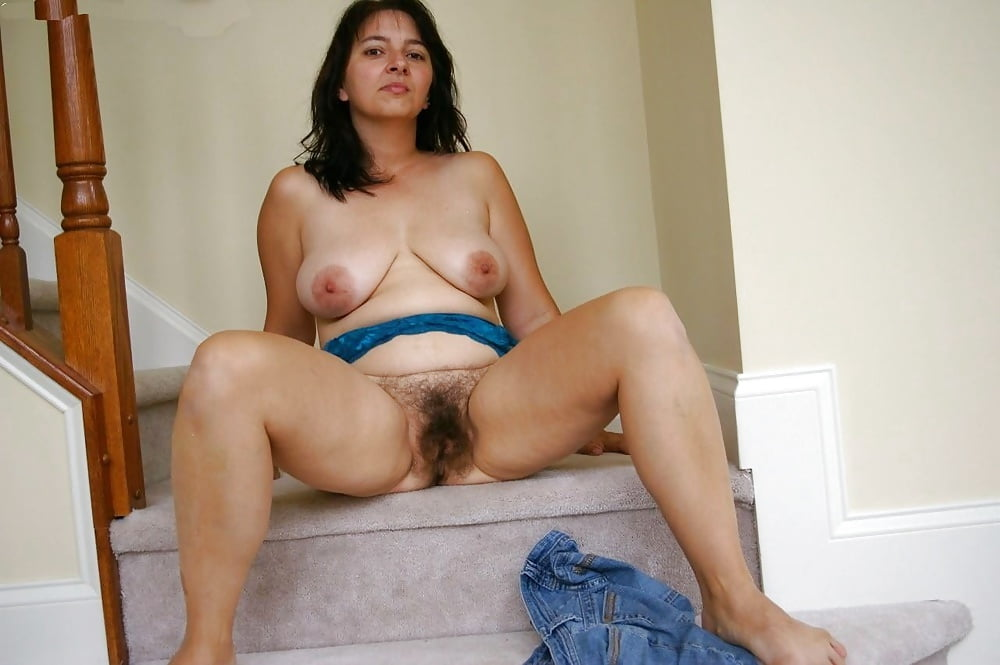 Hairy Mature Goddess