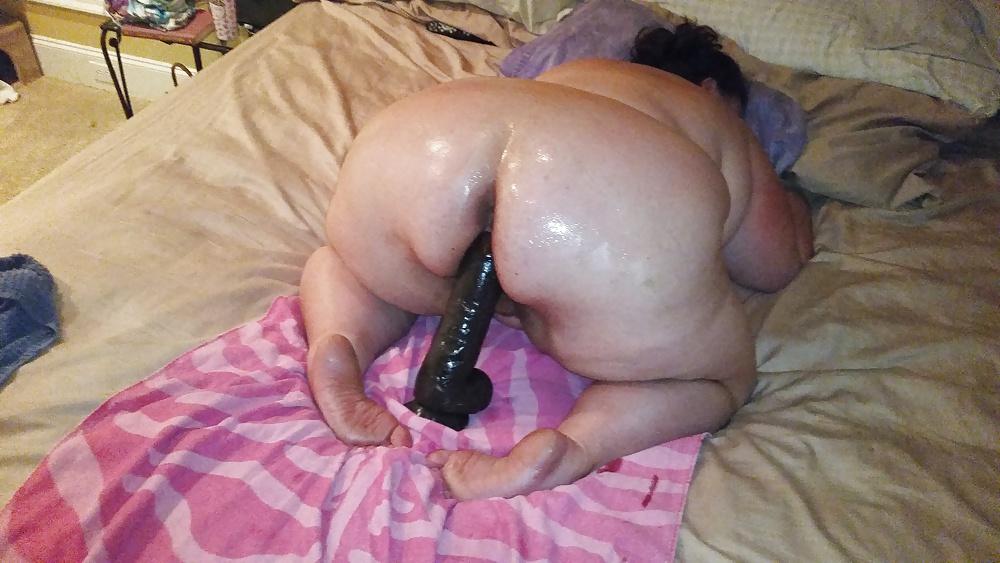 порно-ролики толстых женщин с огромным дилдо