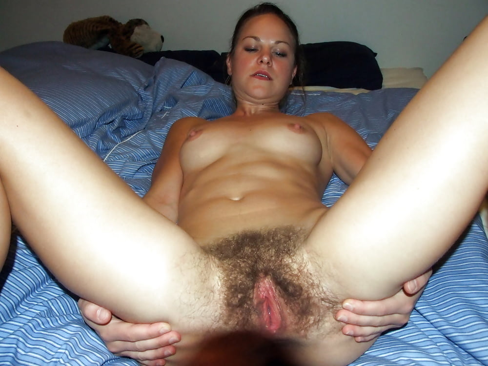 She gets toyed by man