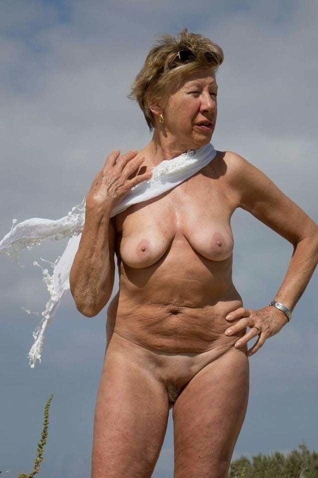 granny-nudists-photos-pink-porno-bikini-foto