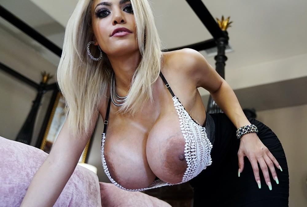 Amber Tits