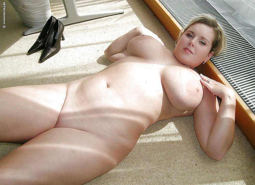 thick-busty-amateur-chubby-real-life-sex-doll-pussy