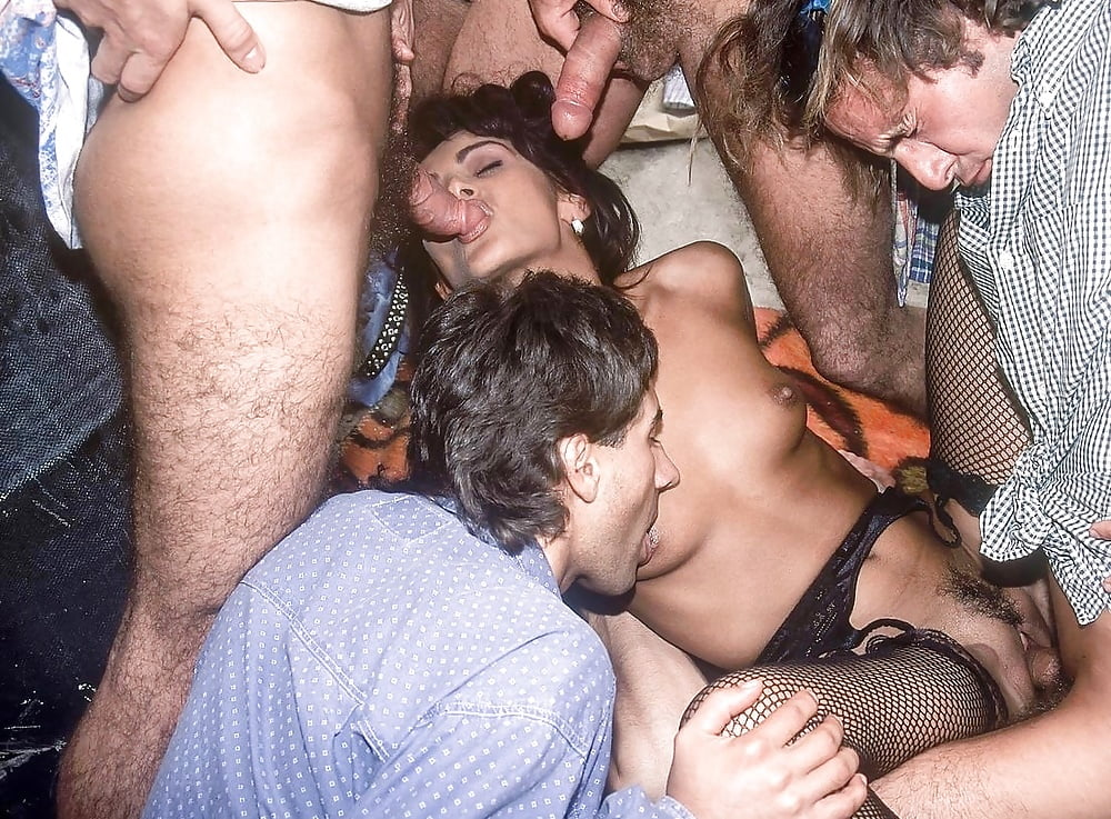 gangbang-clubs-indiana-naked-korean-female-drum-band