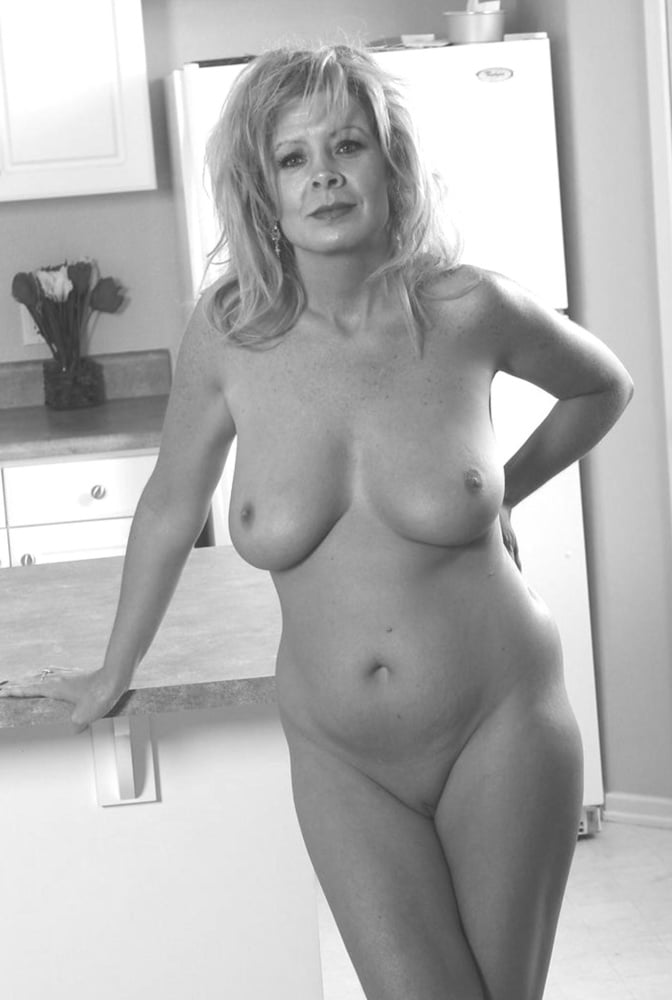 Очень взрослые голые бабы фото, кастинг старых женщин