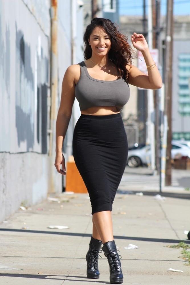 big-boobs-tight-skirt