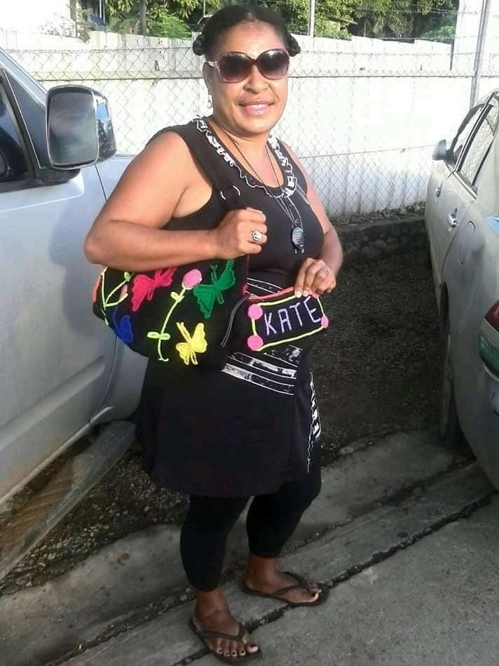 Cathy Wapi - 23 Pics