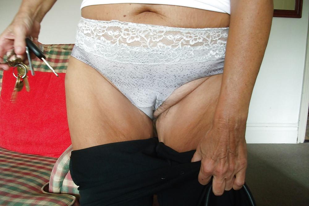 lopez-nettles-in-panties-photos