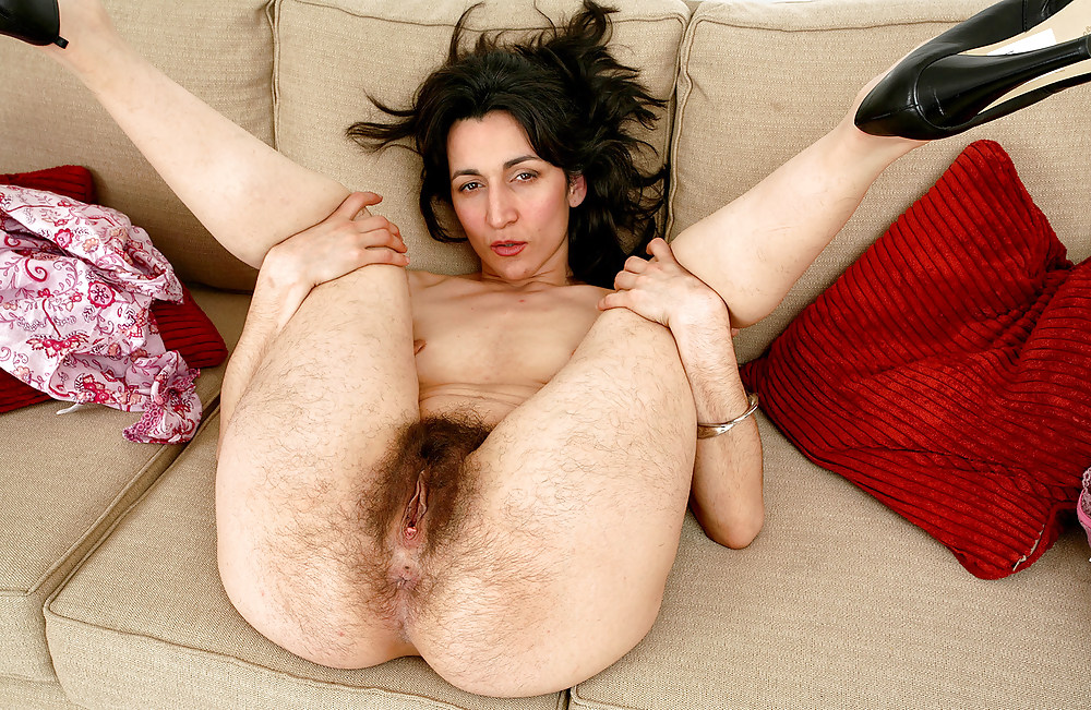 Hairy pussy pictures, natural hairy wagina