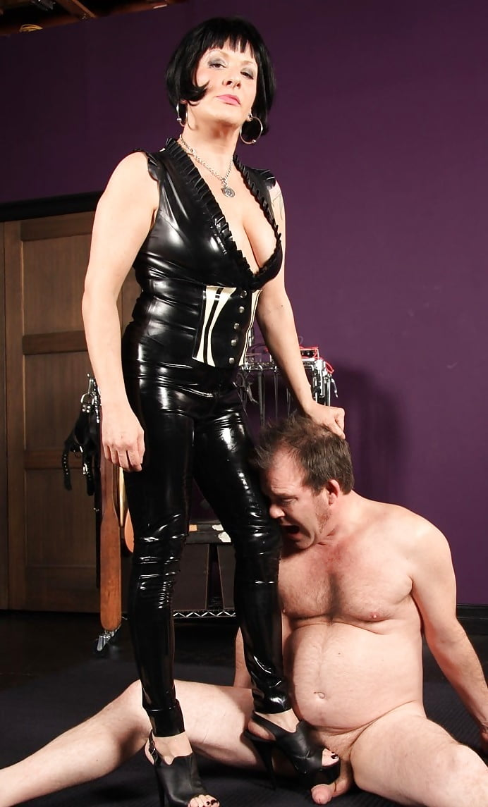 Thick thighs galleries femdom slave