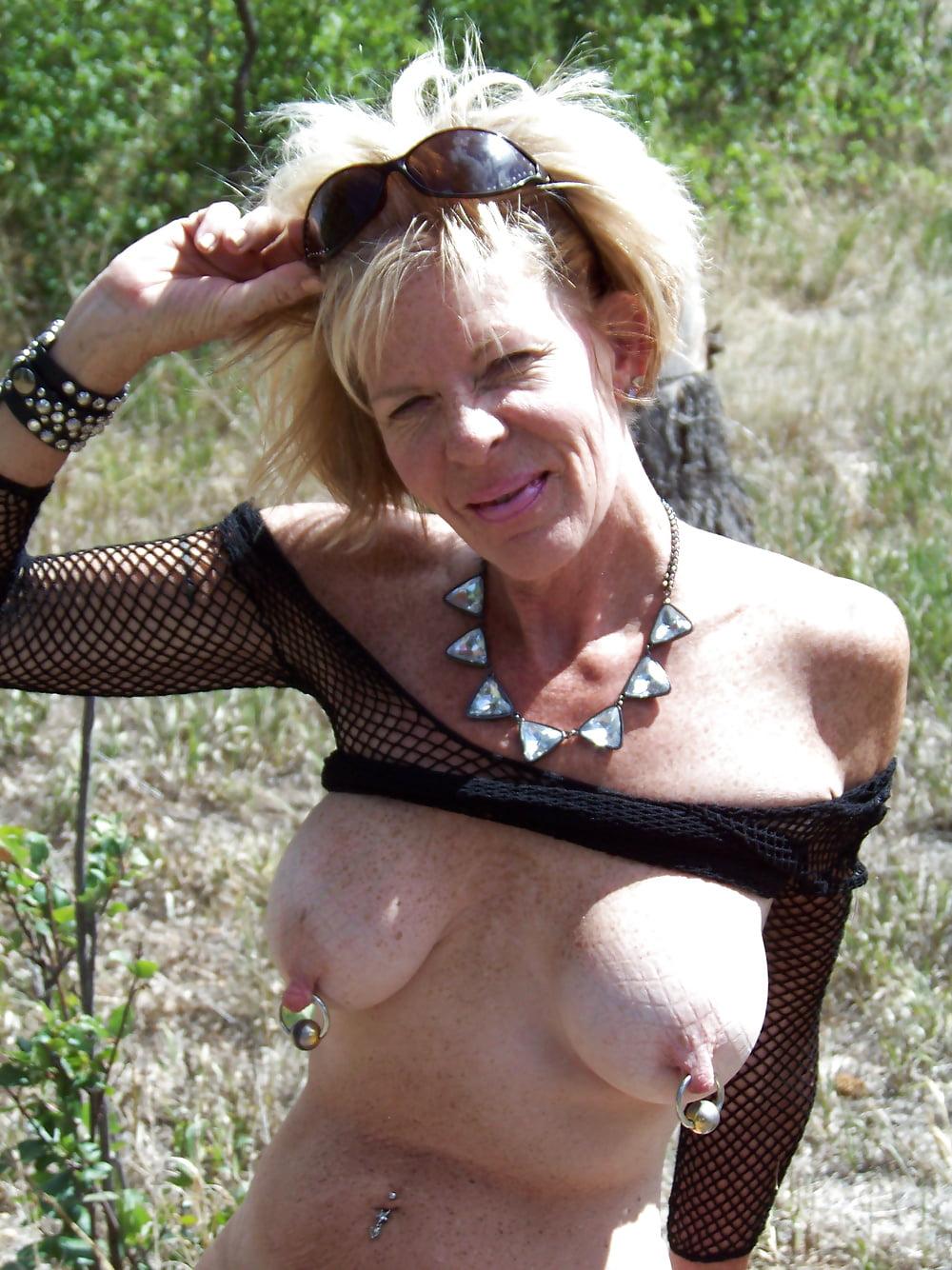Bbw with pierced tits