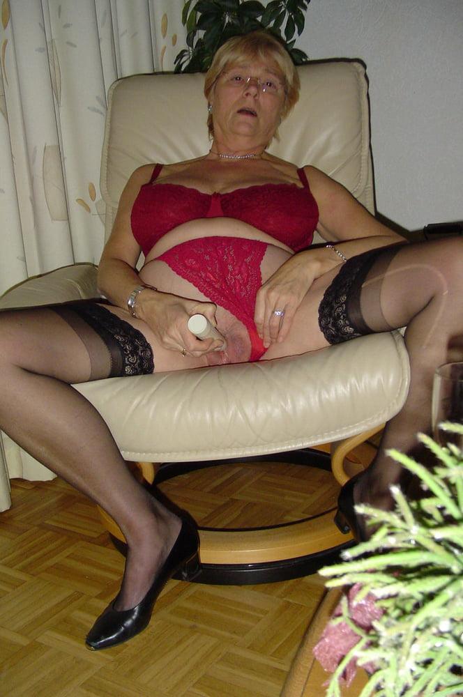 Busty milf orgasm-5139