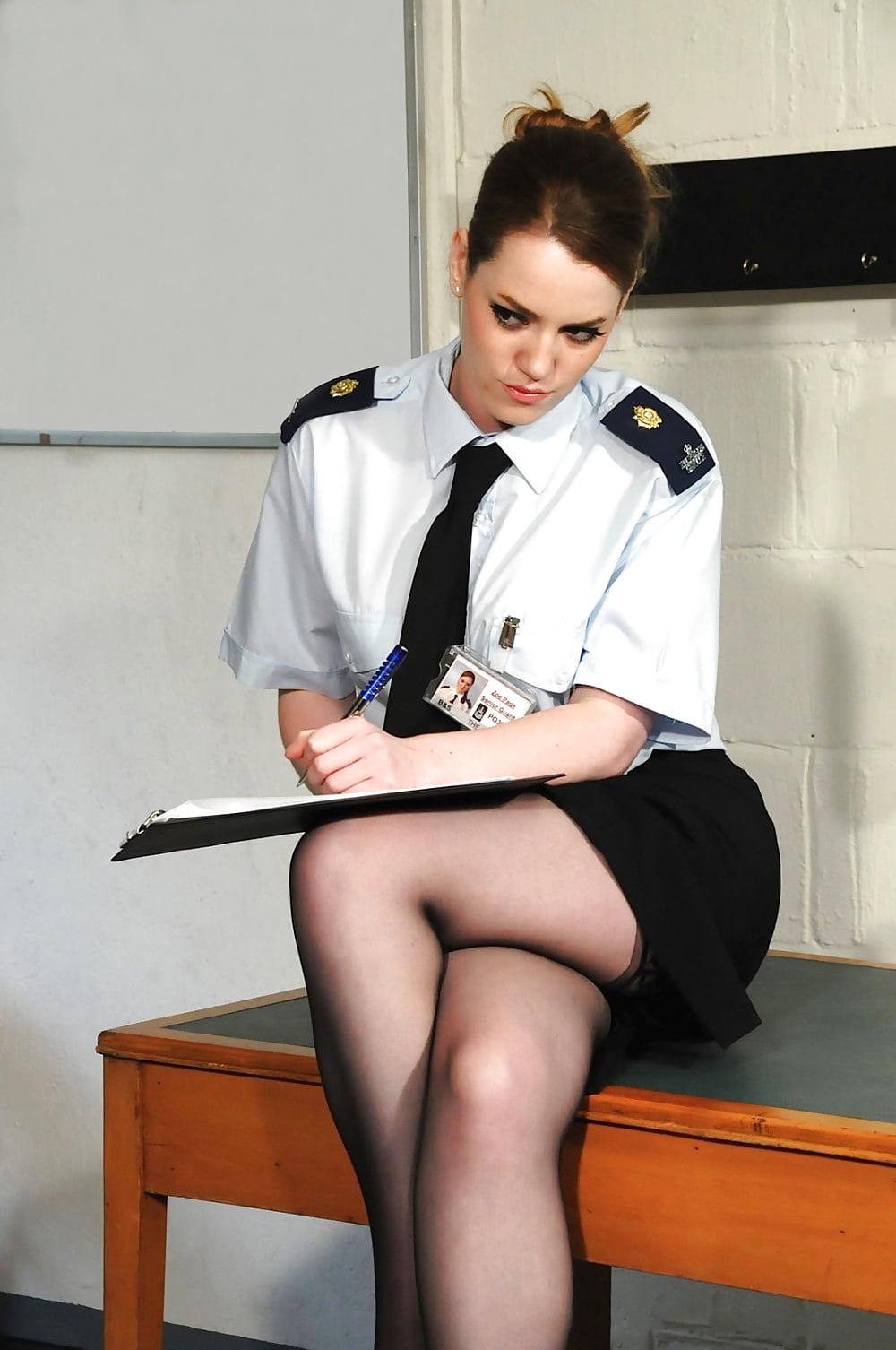 femdom-politsiya-foto-dengi-russkom