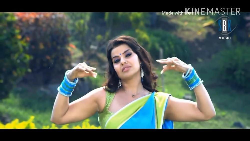Indian actress huge boobs-8187