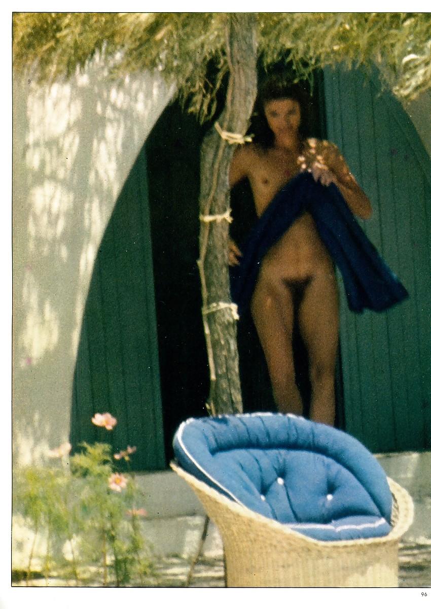 Jackie Kennedy Sun Bathing Nude  - 6 Pics - Xhamstercom-5867