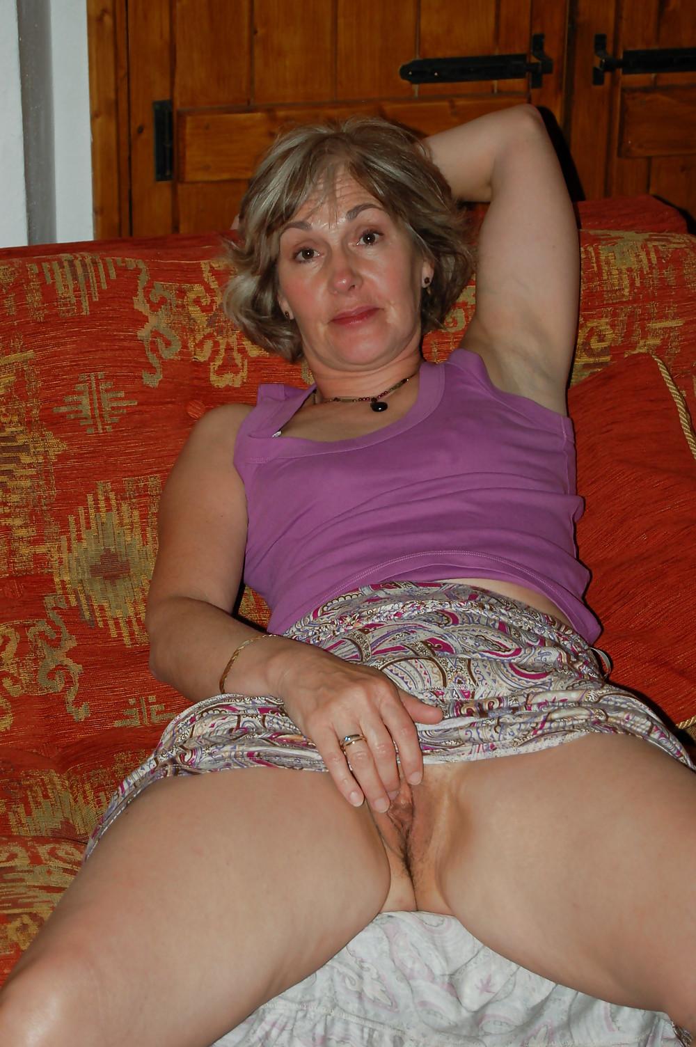частное эротическое фото старых женщин нынче