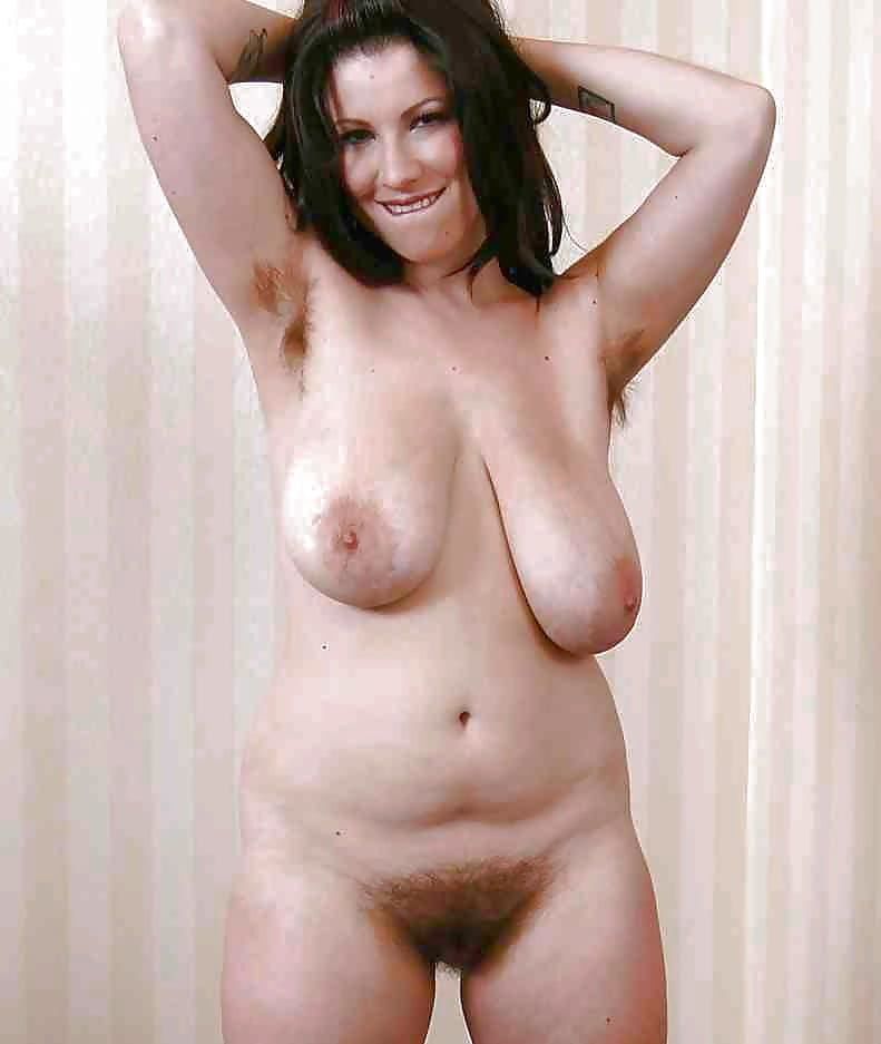 Huge boobs amateur chatting showing hairy pussy