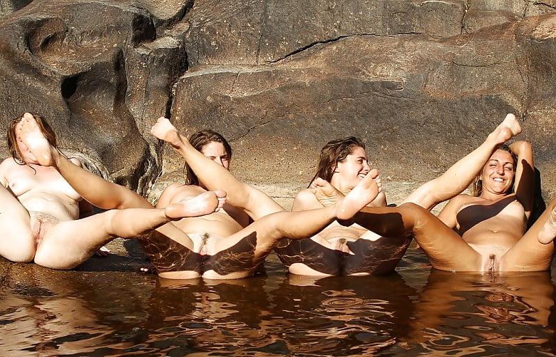 Порно голые купаются видео