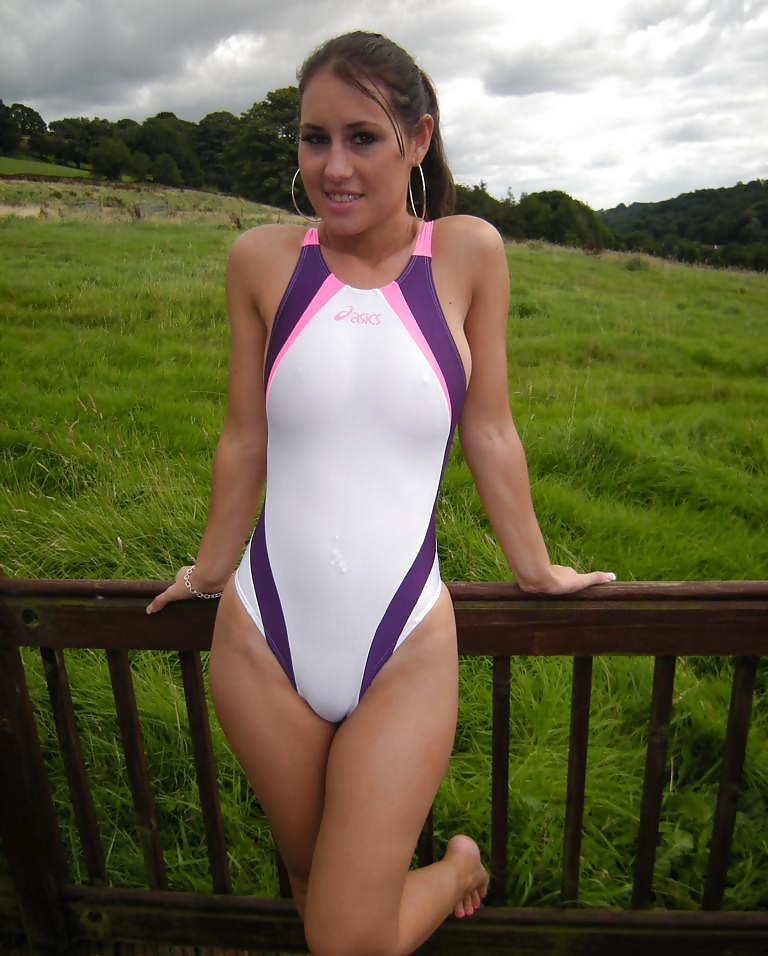 bearry-swingers-very-young-girls-in-see-through-bathing-suits-nude