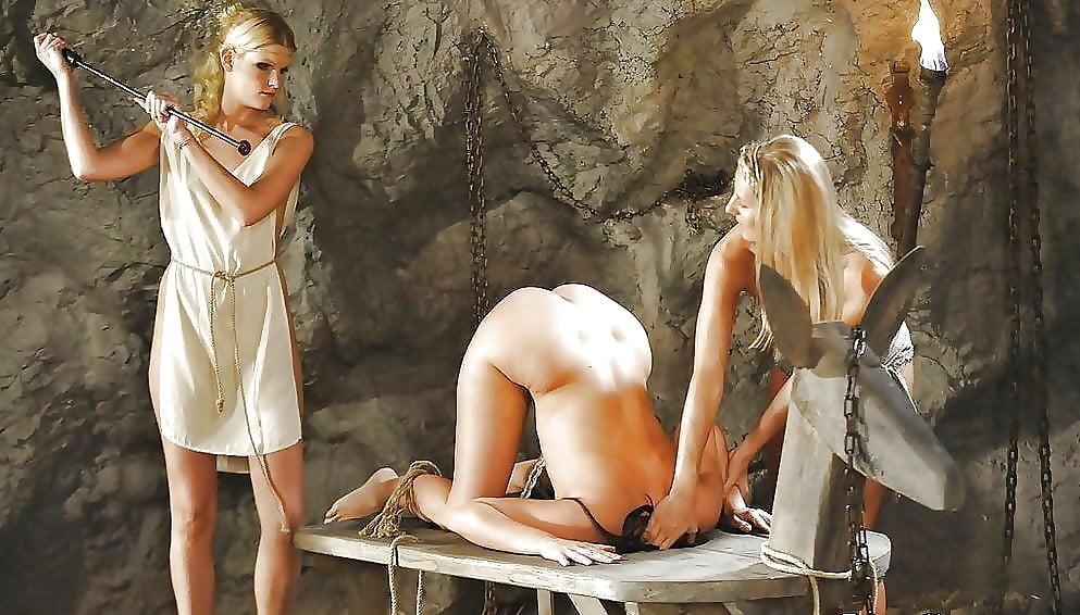 посмотреть эротические фильмы про рабынь стояла