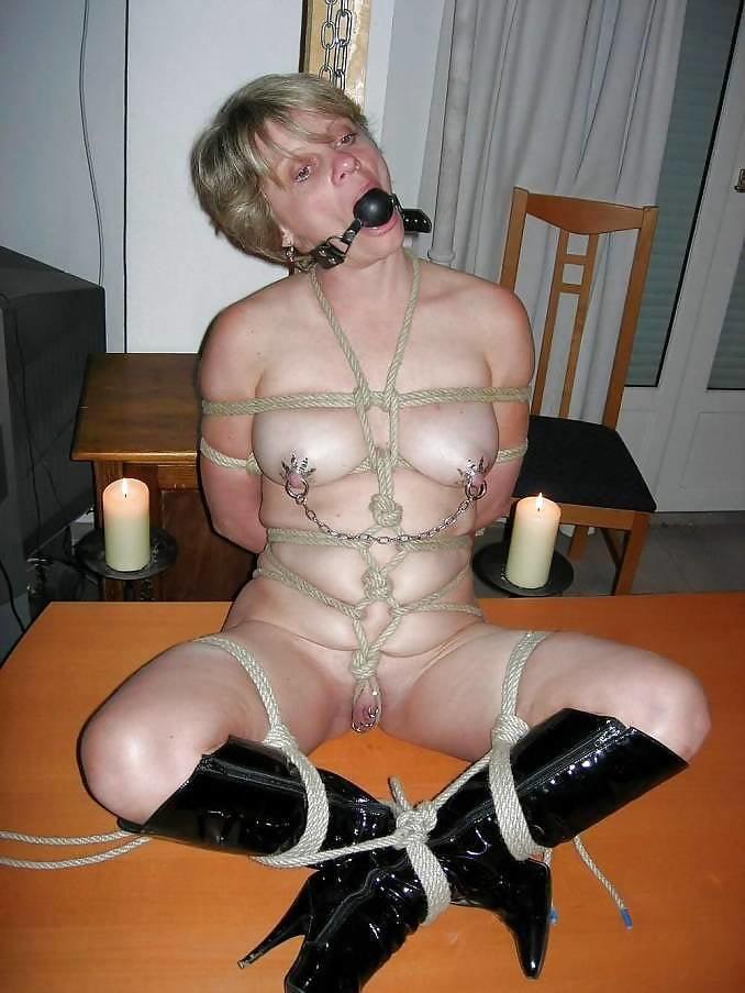 Free amateur bdsm love sex photo